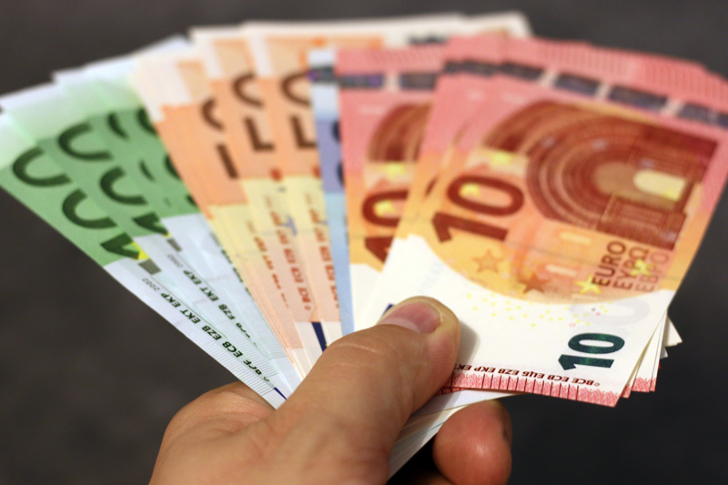Euro Notes Colour